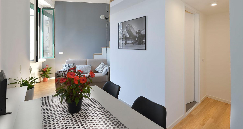 Soggiorno Moderno A Milano.Mini Loft Moderno E Luminoso A Milano District En Rose
