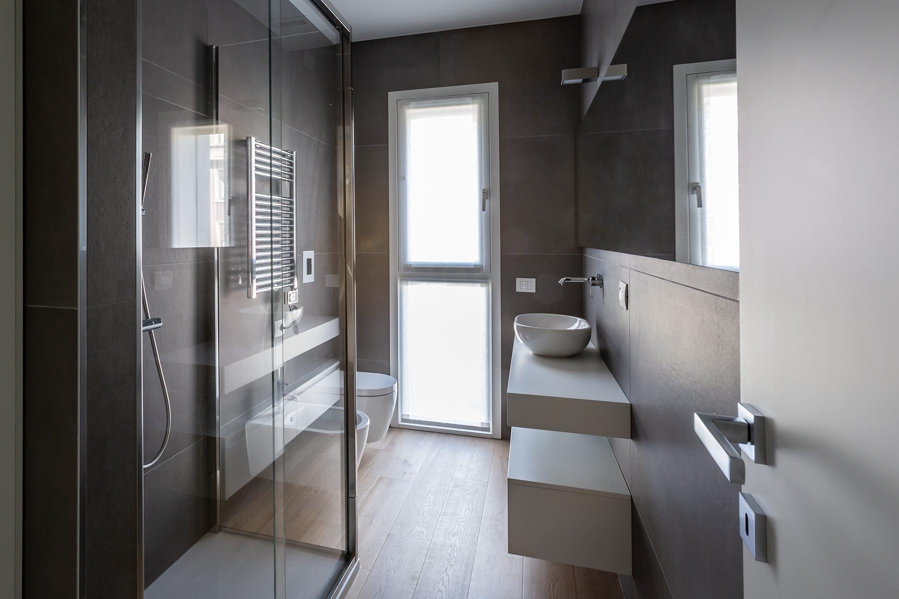Casa di nuova costruzione a Milano_bagno ospiti