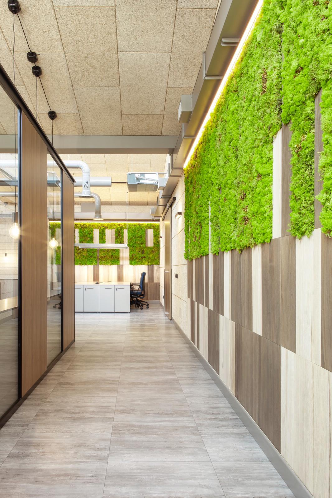 uffici in stile industrial_corridoio