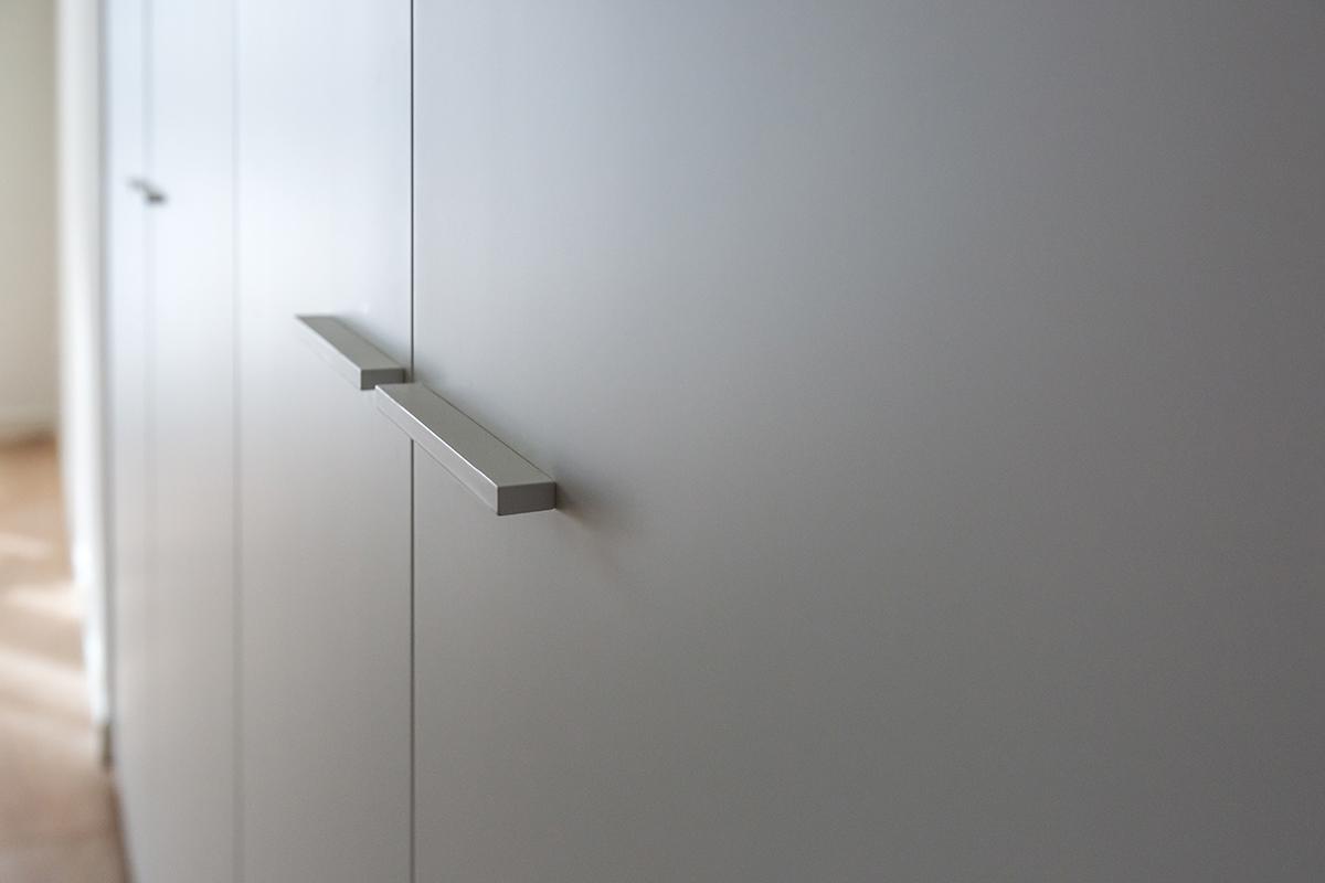 Casa di nuova costruzione a Milano_dettaglio maniglie