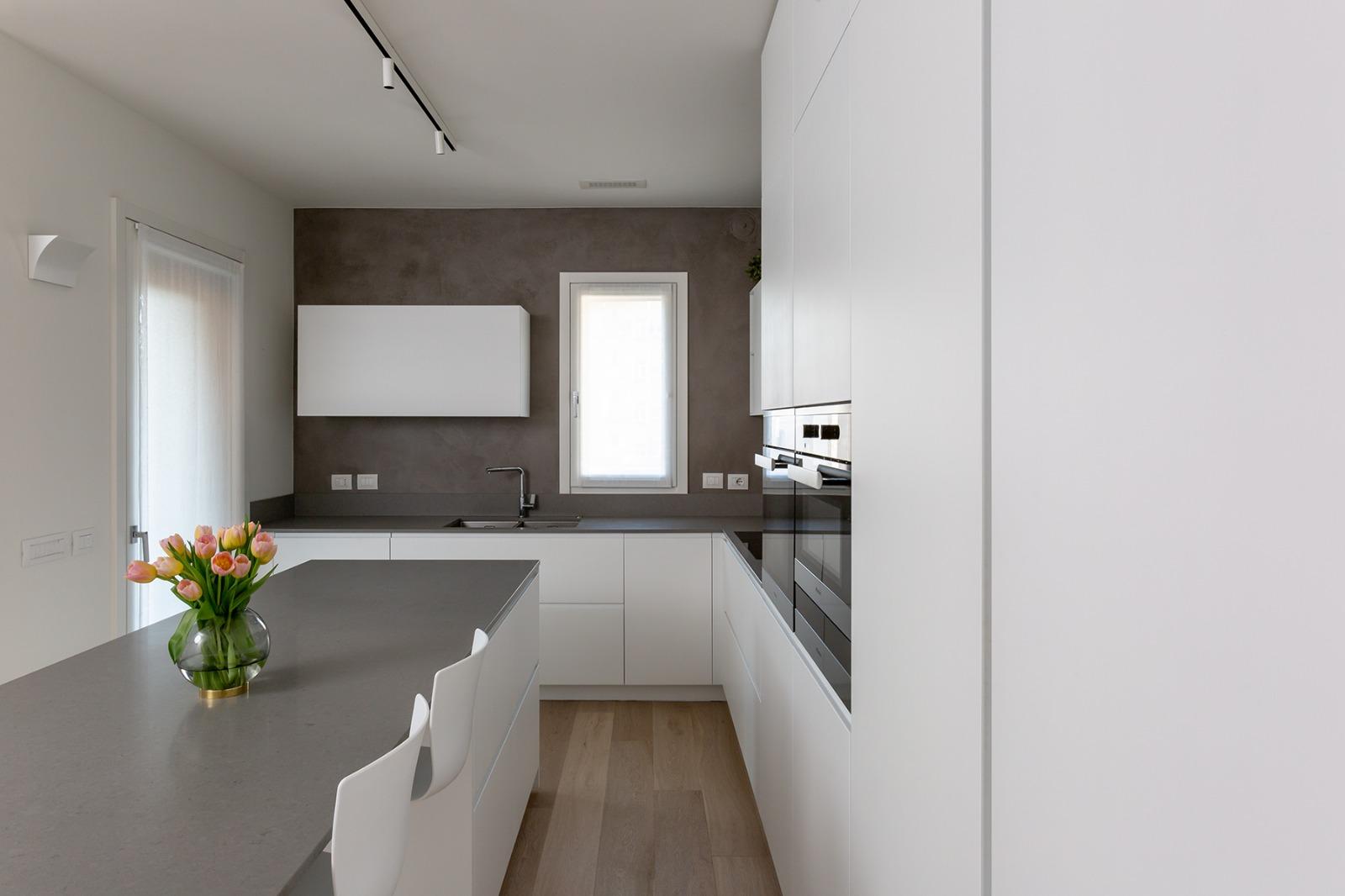 Casa di nuova costruzione a Milano_dettaglio cucina2